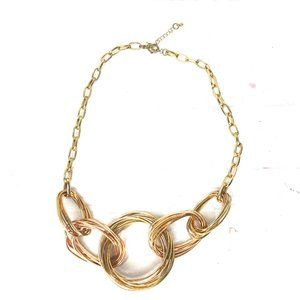 Gold Chain Large Interlocking Loop Bundle Necklace